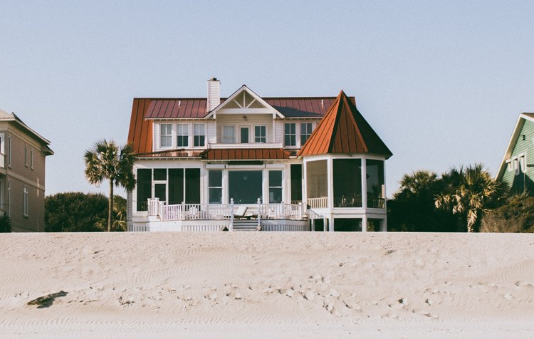 Assurance habitation : quelles démarches après un cambriolage pendant les vacances ?  - Groupe Gesco Assurances - Gesco assure !